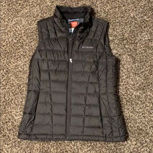 Women's Columbia thermal coil vest size large